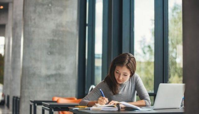 国立大学法人職員採用試験 (3)